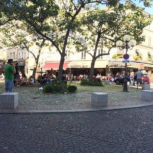 Площадь Contrescarpe