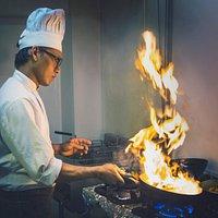 Kokki työssään / Chef working