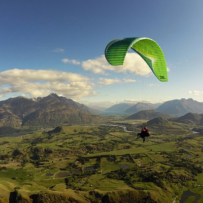 Tandem Paragliding over the Wakatipu valley, Queenstown.
