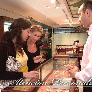 Nos encanta compartir con nuestros clientes acerca de nuestros productos