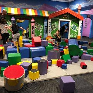 Large Play Room w/ Blocks