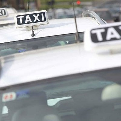 Erma Taxi