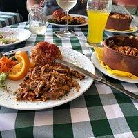 Leckeres und reichhaltiges griechisches Essen. Das beste im ganzen Landkreis Northeim.