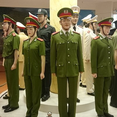 Current Vietnamese police uniforms