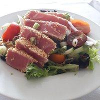 Salad with Seared Tuna