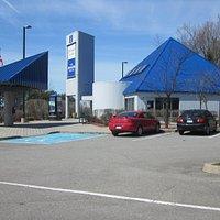 Hawkesbury Ontario Travel Information Centre on Highway 417 Westbound