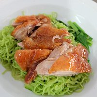 Jade noodle with duck meats