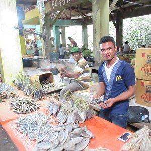 mercato di ruteng pesce