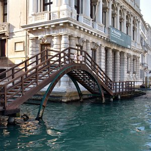 Ponte di Ca 'Rezzonico