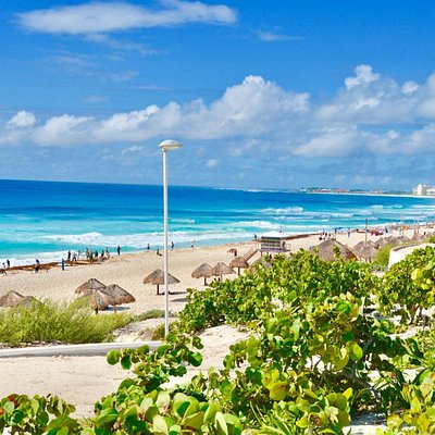 Playa Delfines_Sanju-4