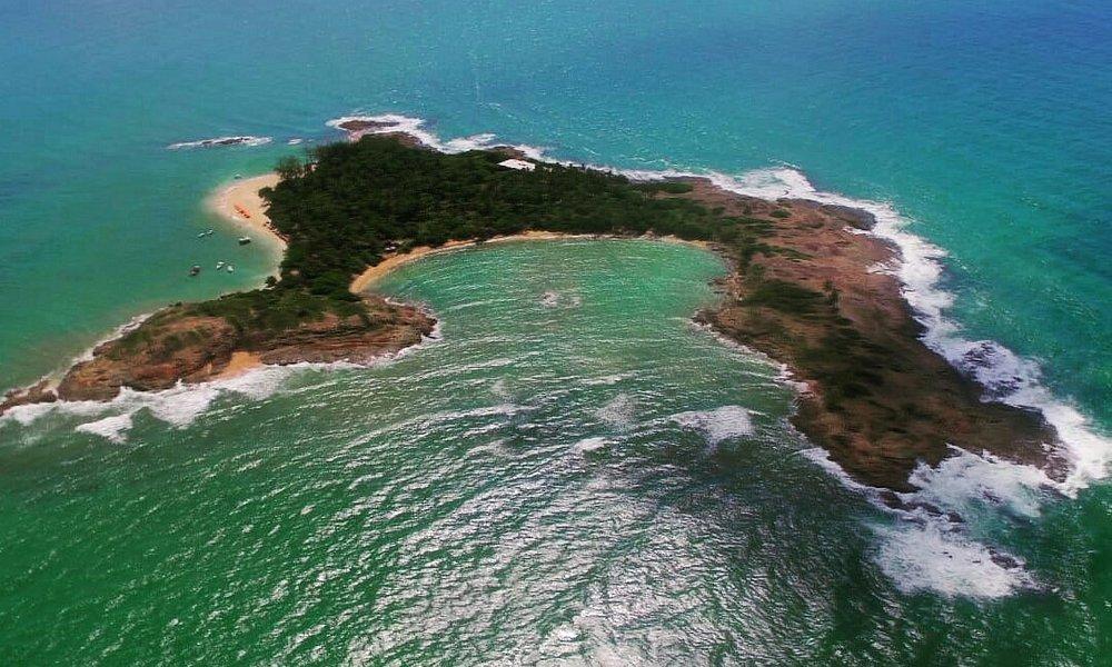 Ilha de Santo Aleixo com guia Bruno Mineiro praia exclusiva