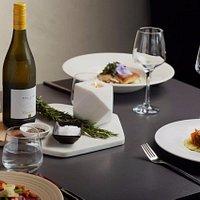 Windows Restaurant Dinner
