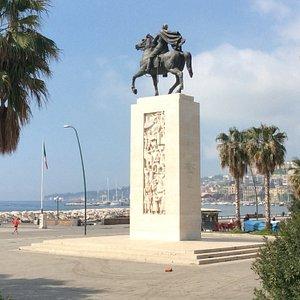 Monuments ad Armando Diaz