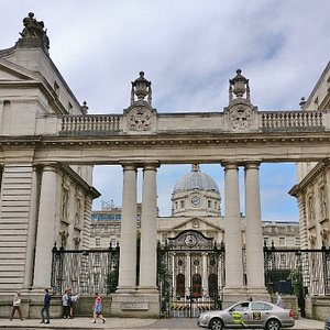 Ленстер-хаус \ Leinster House
