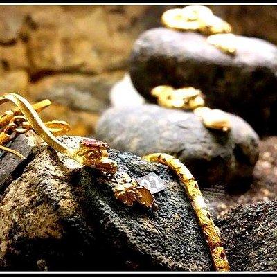 gioielli di finissima fattura ritrovati nel relitto