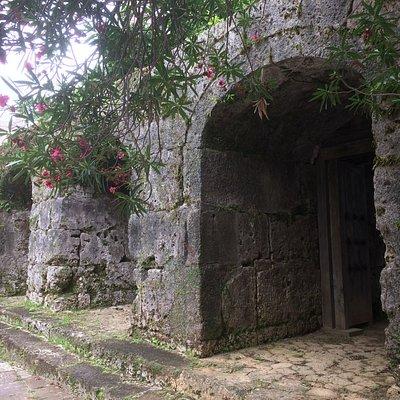 石門 外側