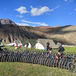 manali to leh cycling