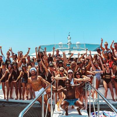 www.marbellaboatparties.com
