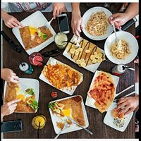 Take a good time with your family or friends around a good meal from France!