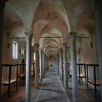 Scuderie del castello visconteo che ora ospitano il museo archeologico della Lomellina.