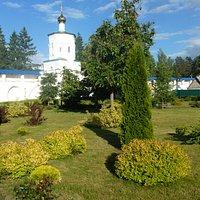 Озеленение территории монастыря
