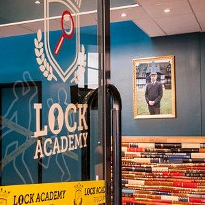 Entrée de la Lock Academy - Escape Game Toulouse
