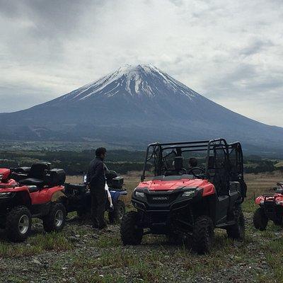 広大なコース!シンメトリー富士を堪能いただけます。