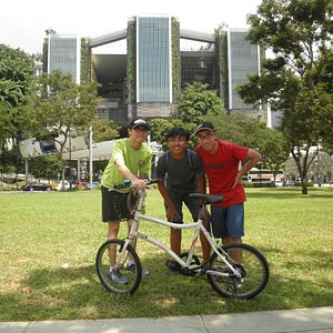 A bike tour in Singapore
