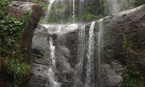 秘境  ユツンの三段滝