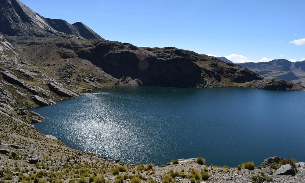 "Laguna ""Macho"" en la base del Pico"