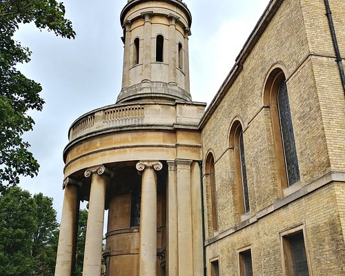 St Mary's stone portico & tower - Wyndham Place London (19/Jun/18).