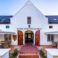 The Lanzerac Tasting Room & Deli entrance