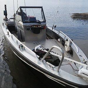 Fishing guide Tomas Henriksson - Fishing Charters