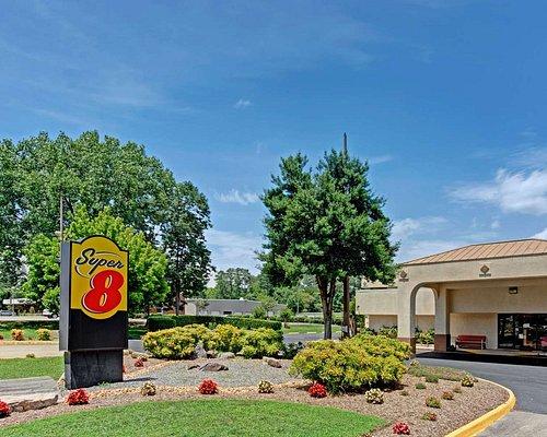 Closest Airport To Busch Gardens Virginia