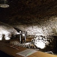 brasserie cave voutée