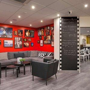 Kyriad Rennes Centre - Lobby