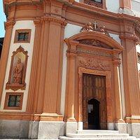 ingresso della chiesa