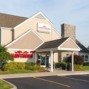 Welcome to the Hawthorn Suites Dearborn