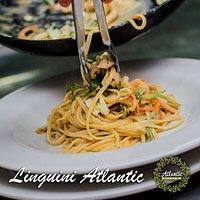 Pasta Linguini Atlantic salteada con Pollo y Vegetales a la Crema. Una Delicia
