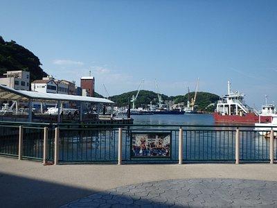 家島の真浦湊、桟橋付近