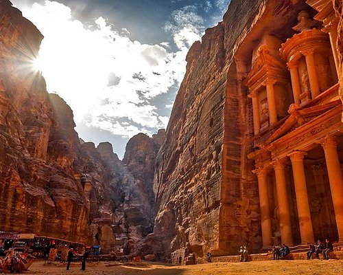 DAILY TOURS TO PETRA