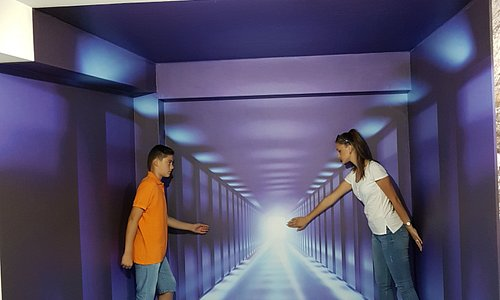Endless tunel