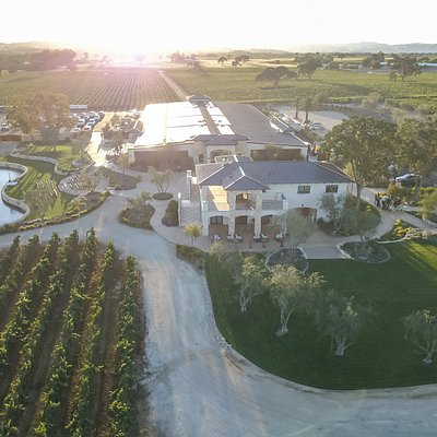 An aerial of Rava Wines Tasting Room, Events Center, and Vineyards.