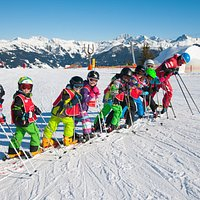 Skikurs am Berg