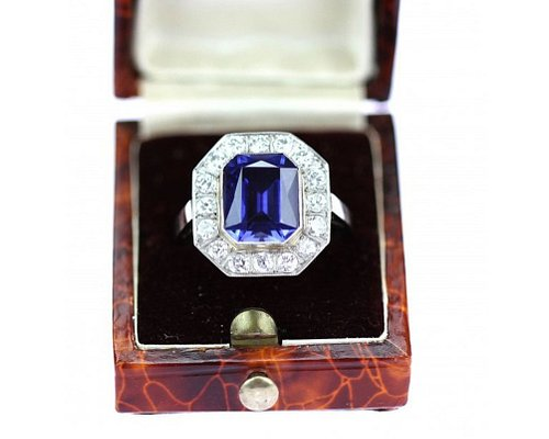 Ring with diamonds and syntetic sapphire, art-deco 20st - 30st 20th century