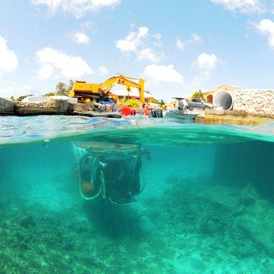 Curasub submerging