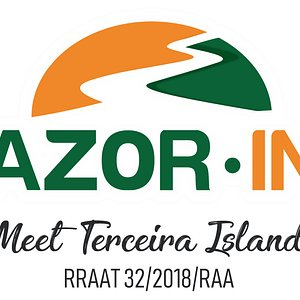 Explore the island with Azor-In at your pace, comfortable and carefree.