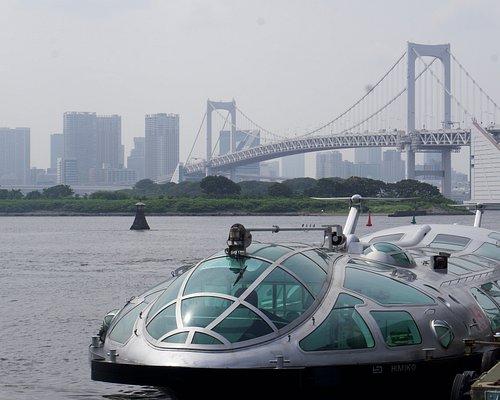 Himiko ferry at Odaiba