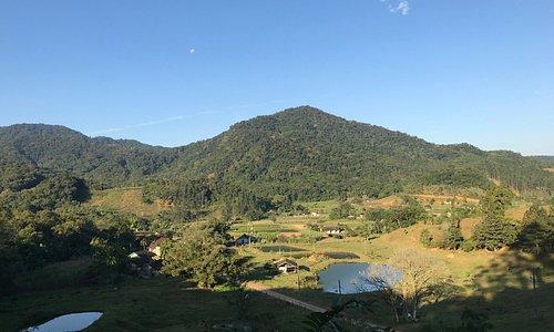 Área rural de Pomedore vista da Trilha da Natureza.
