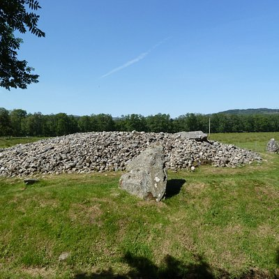 Cairn and standing stones